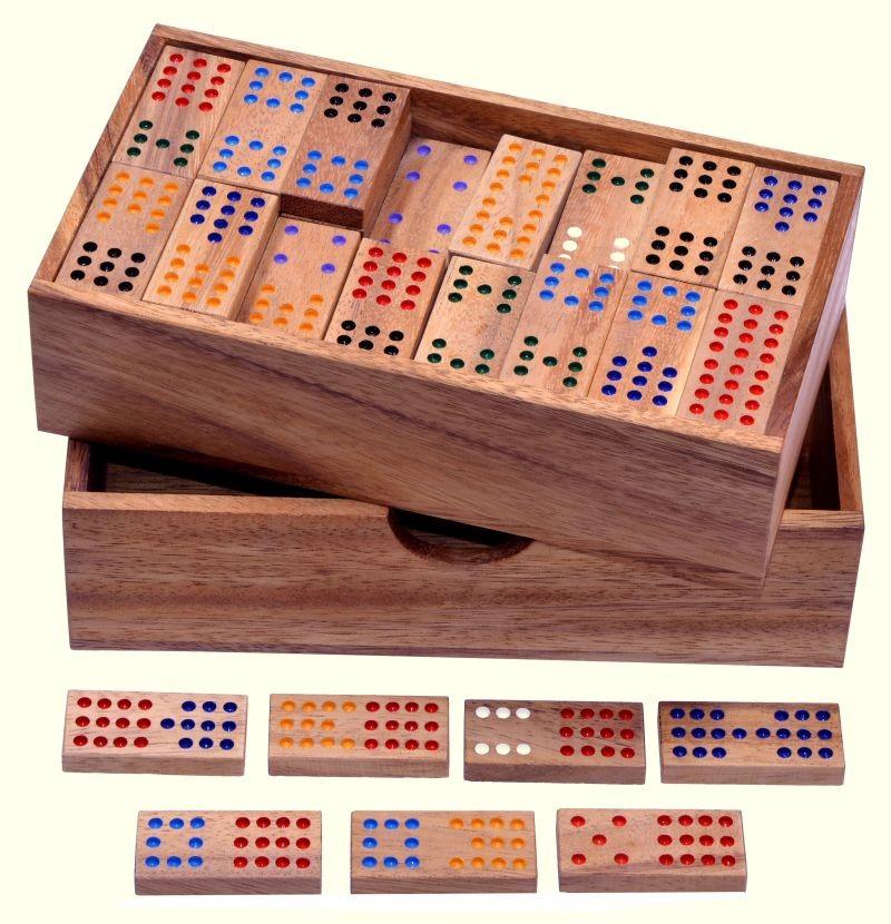 domino doppel 12 legespiel gesellschaftsspiel aus holz mit 91 spielsteinen gesellschaftsspiele. Black Bedroom Furniture Sets. Home Design Ideas
