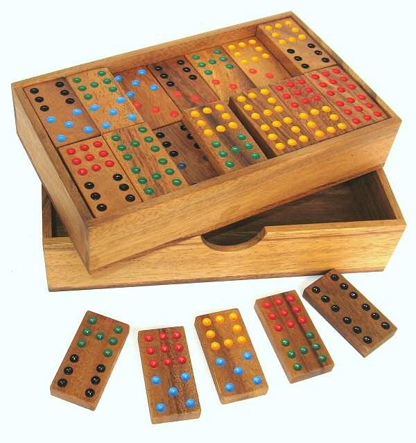 domino doppel 9 legespiel gesellschaftsspiel aus holz mit 56 spielsteinen gesellschaftsspiele. Black Bedroom Furniture Sets. Home Design Ideas